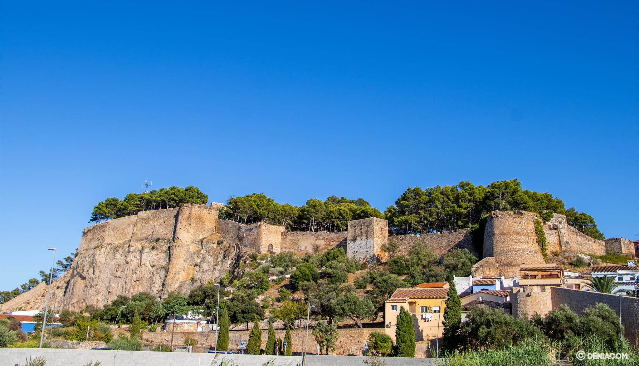 El castillo de Dénia desde Miguel Hernández