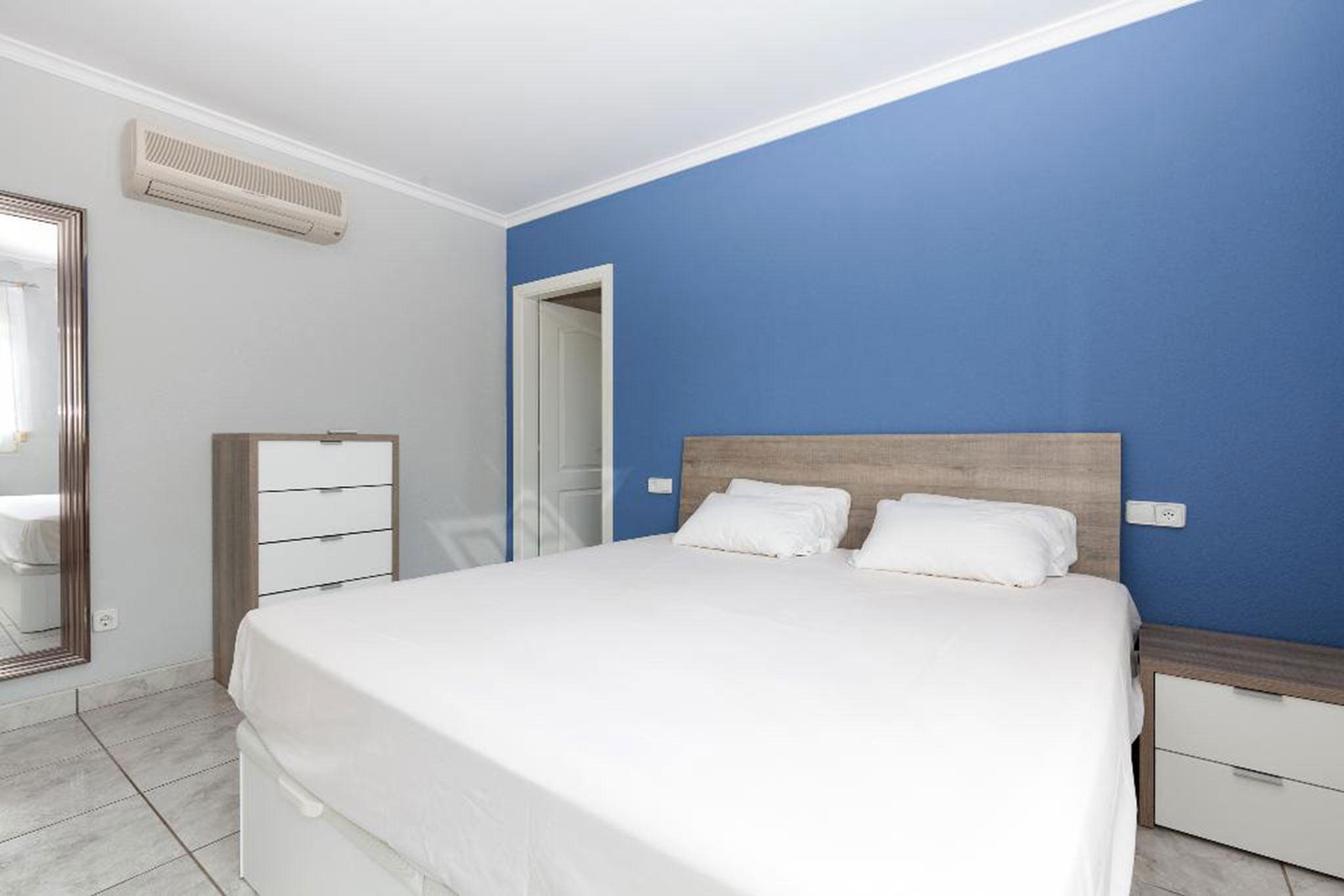 Habitación de una casa en alquiler vacacional en Dénia – Quality Rent a Villa