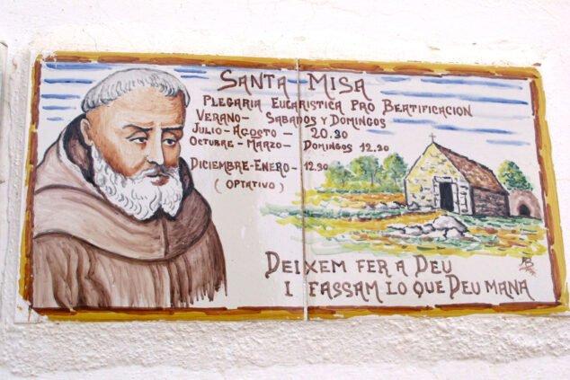 Imagen: Horario de misas en la Ermita del Pare Pere de Dénia