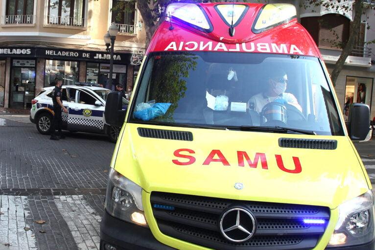 La ambulancia SAMU ha atendido a la víctima