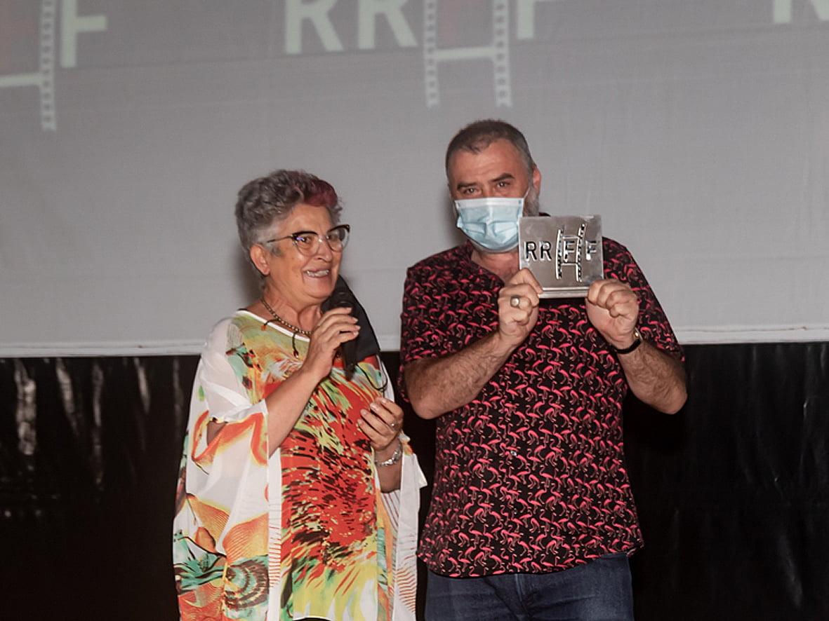 Max Lemke recogiendo el premio en Dénia como Mejor Director de Cortometraje | Jordi Dominguis