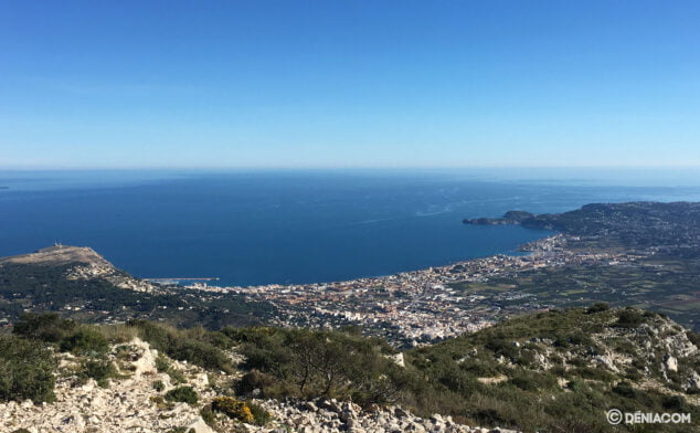 Image: Views of Jávea on the Montgó ascent route through the firing range