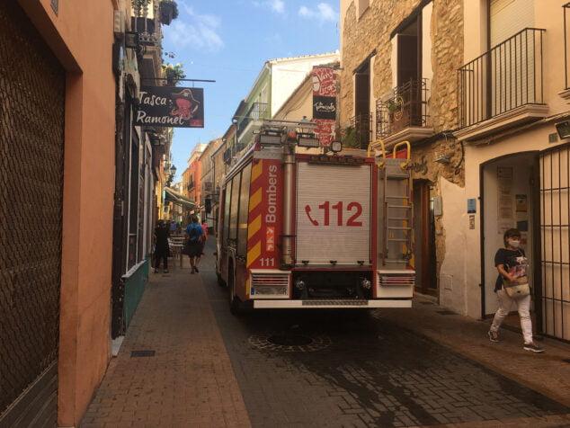 Image: Fire truck on Loreto street