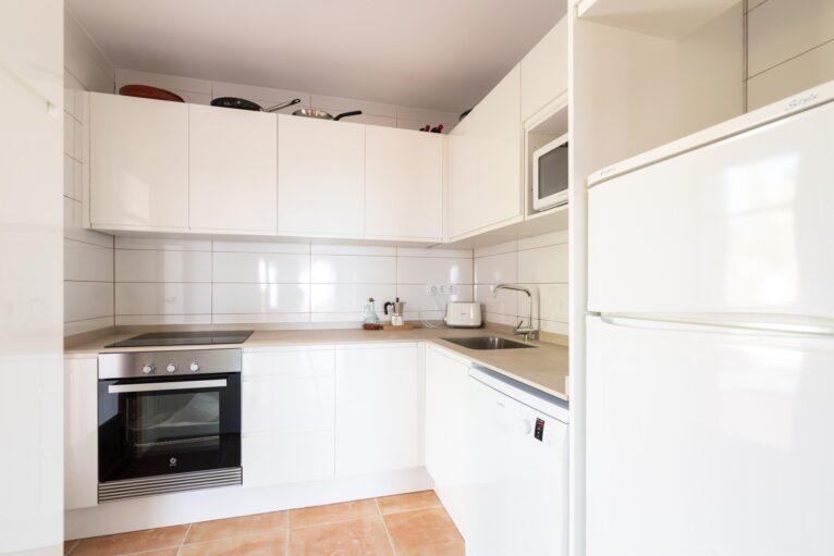 Cocina de una casa de vacaciones para siete personas en Dénia - Aguila Rent a Villa