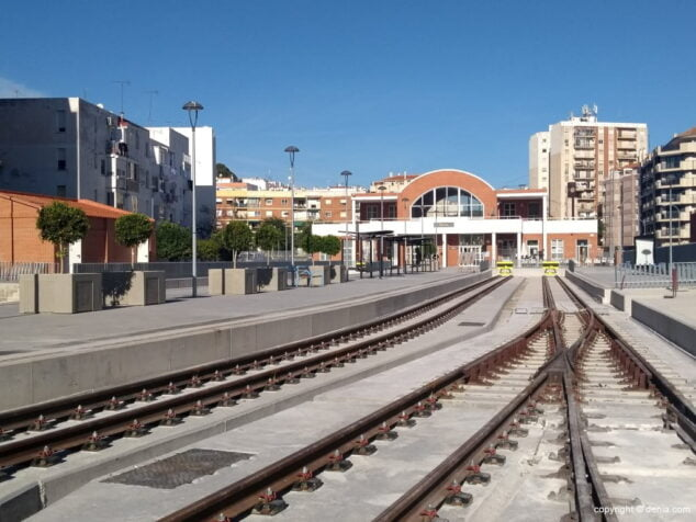 Image: Dénia train station inactive