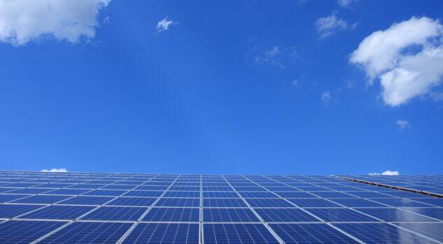 Image: Installation of solar panels