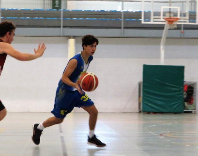 Imagen: Junior masculino preferene pierde contra el Genovés