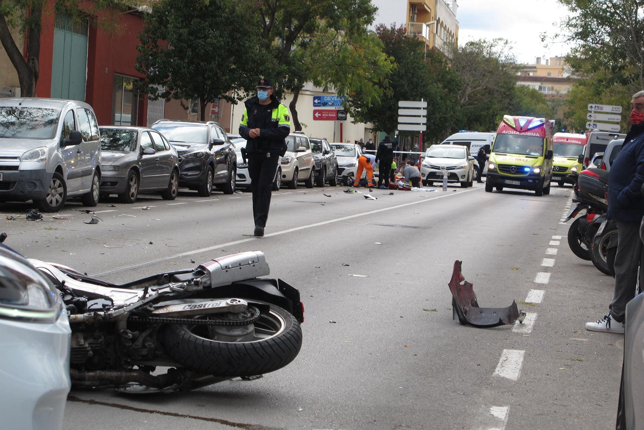 Accidente en la avenida Miguel Hernández