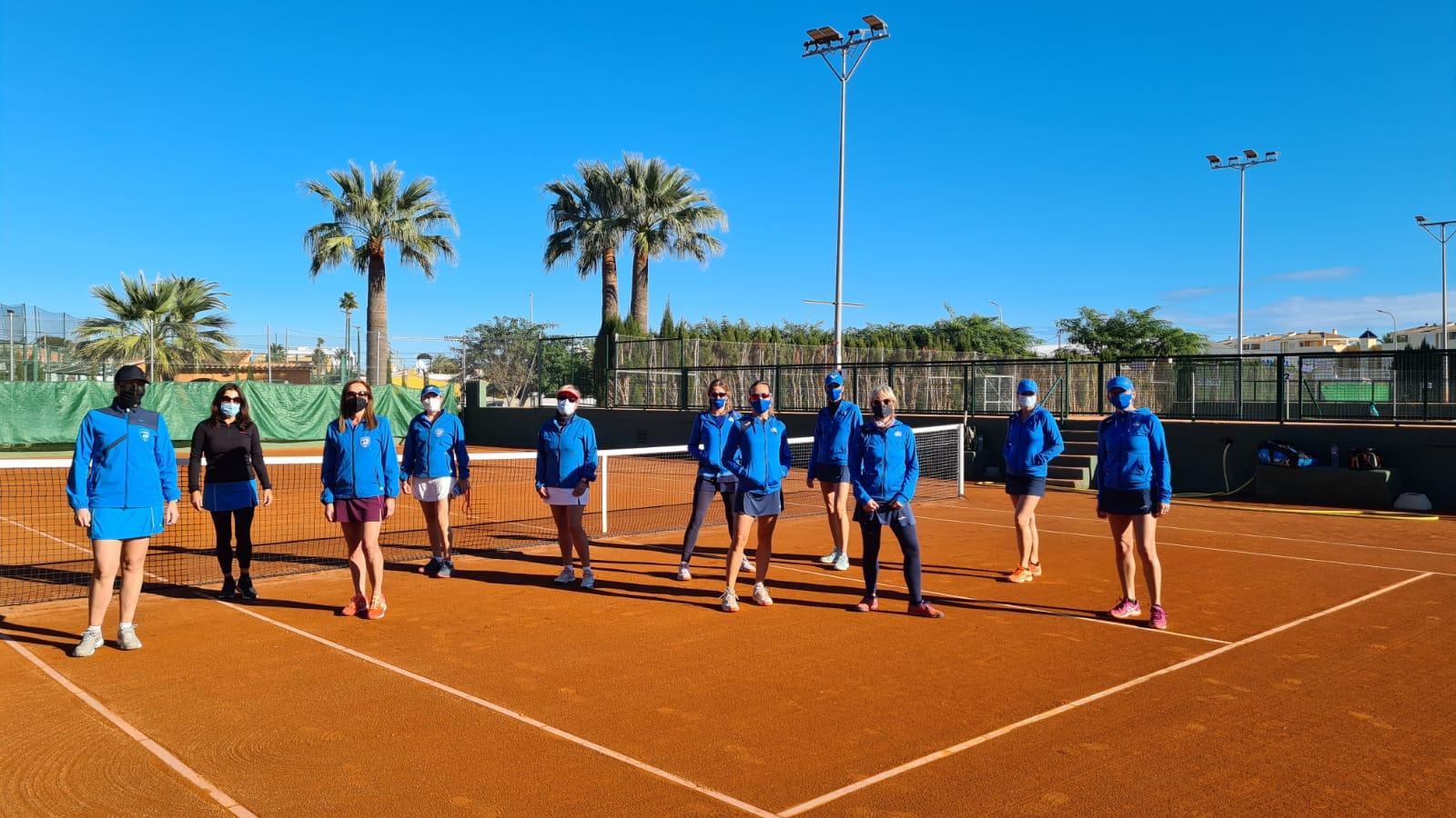 Equipo de tenis femenino de Dénia +35