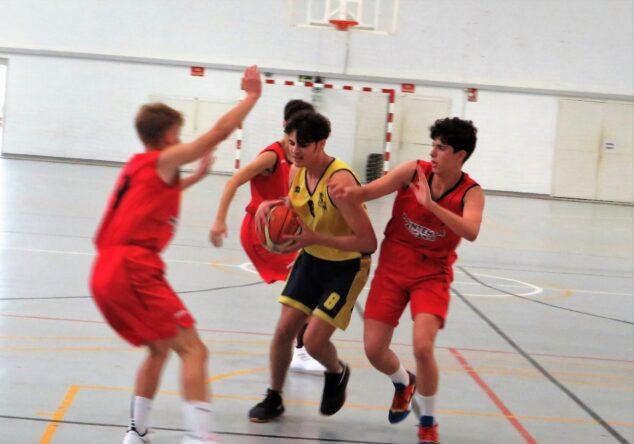 Imagen: Junior masculino jugó en Almassera