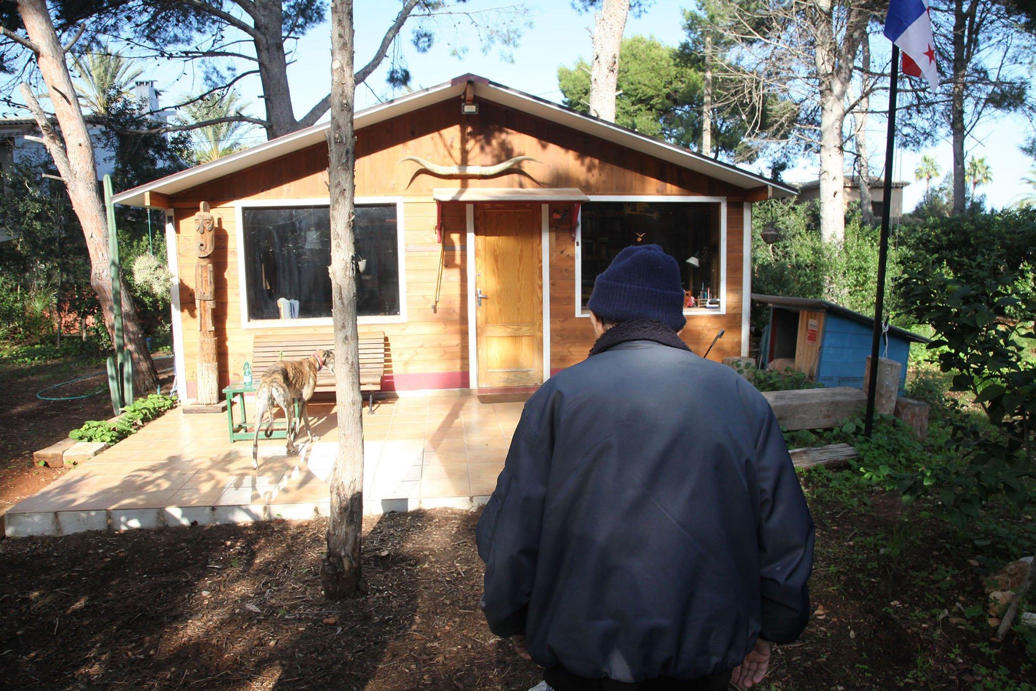 La casa de Manuel, a pocos metros de su xiloteca
