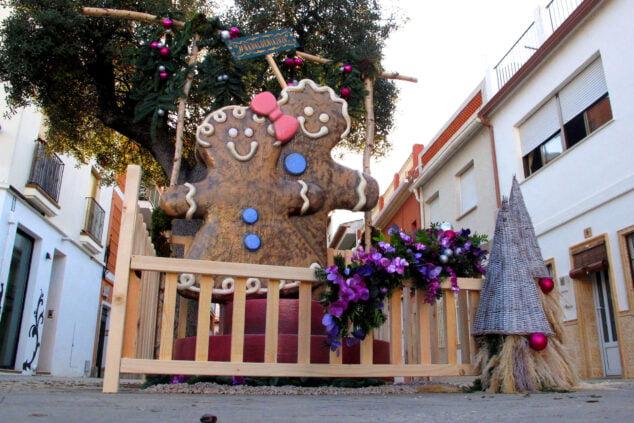Imagen: Monumento de la Plaza Marina Pineda