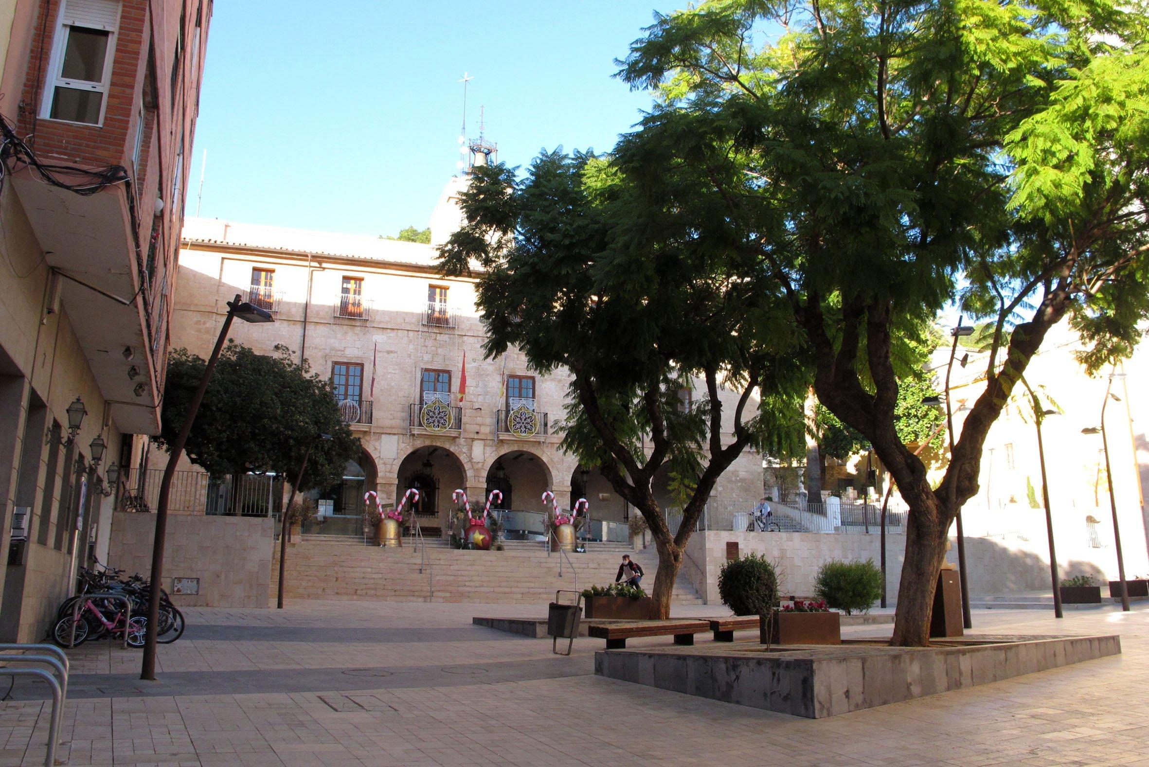 Plaza del Ayuntamiento de Dénia en 2020