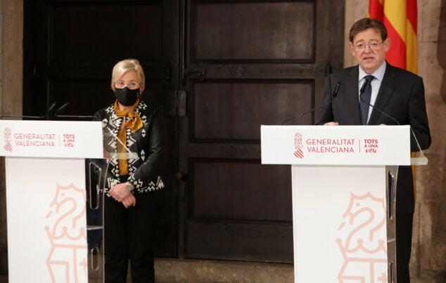 Imagen: Anuncio de las nuevas medidas de Ximo Puig y Ana Barceló
