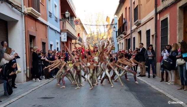 Imatge: Desfilada de el carnaval infantil de 2020