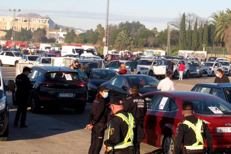 Demonstration of cars in Dénia de la Hostelería 03