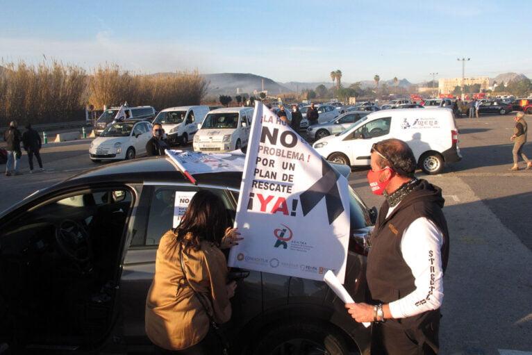 Demonstration of cars in Dénia de la Hostelería 07