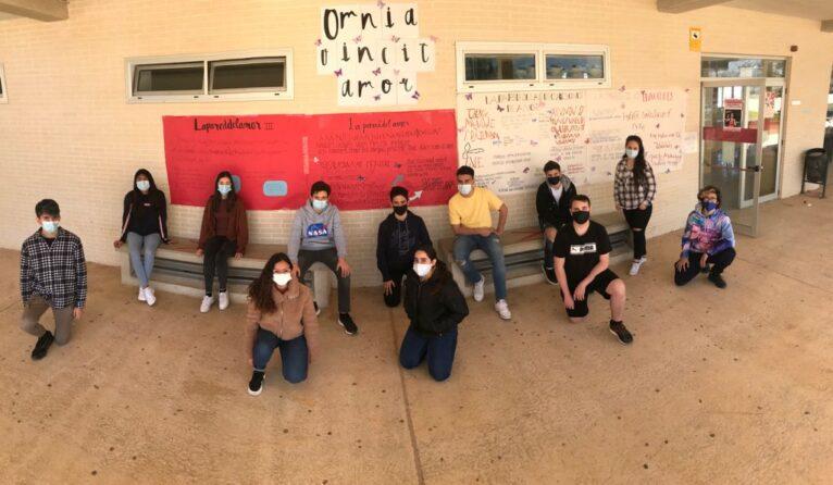 Students participating in the IES Sorts de la Mar initiative