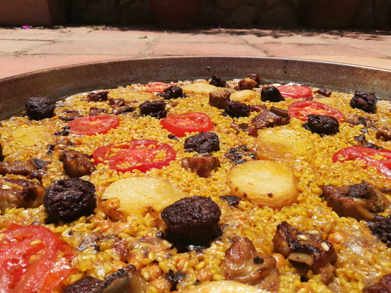 Baked rice in paella - Gastropaella