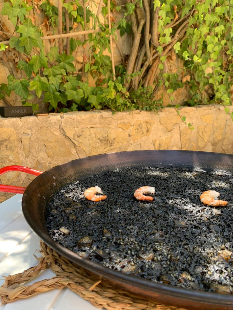 Black rice in Dénia - Gastropaella