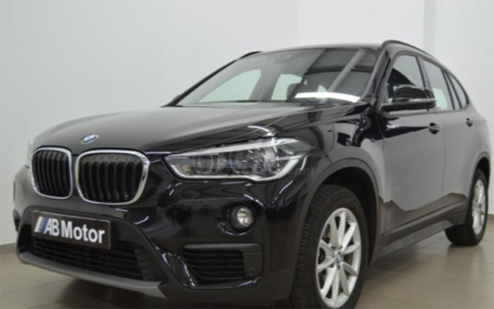 BMW X1 sDrive18dA 5p.-AB Engine