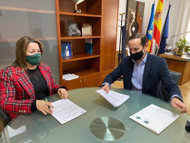 Image: Accord de collaboration pour effectuer des stages à la mairie de Benissa