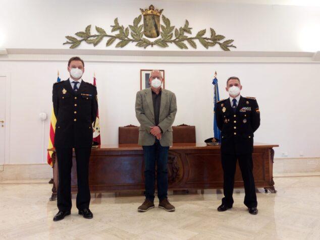 Image: Rencontre entre Grimalt et le nouvel inspecteur en chef, Carlos Nieto