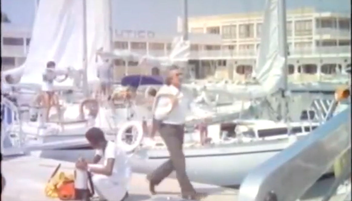 Escena de la película frente al Club Náutico de Dénia