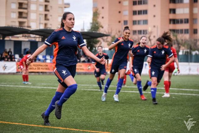 Image: Fiamma Benitez celebrating a goal with the Valencian National Team | FFCV