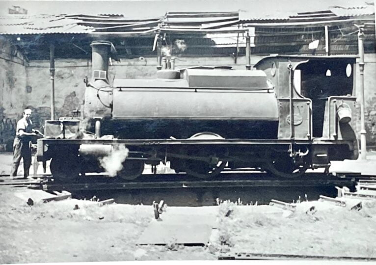 Photo of one of the locomotives in the archives of Vicent Ferrer and Hermenegildo