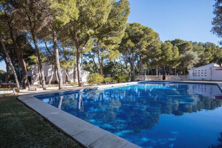 Piscine dans une grande maison de vacances à Dénia - Aguila Rent a Villa