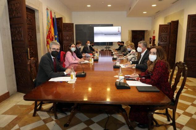 Image: Réunion interdépartementale de la Generalitat