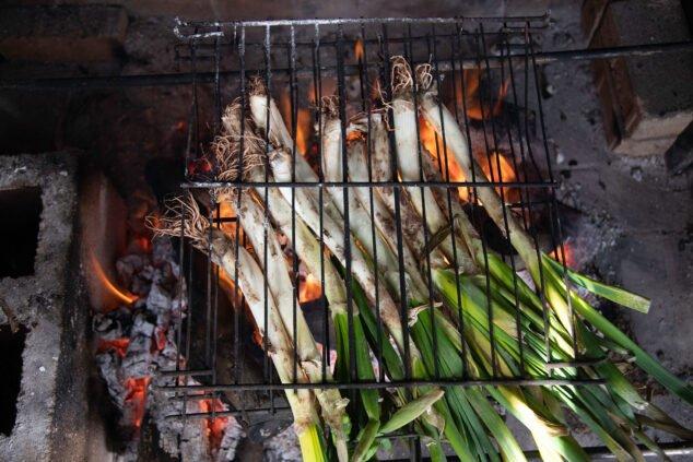 Imagen: Calçotada en Dénia - Restaurante Voramar