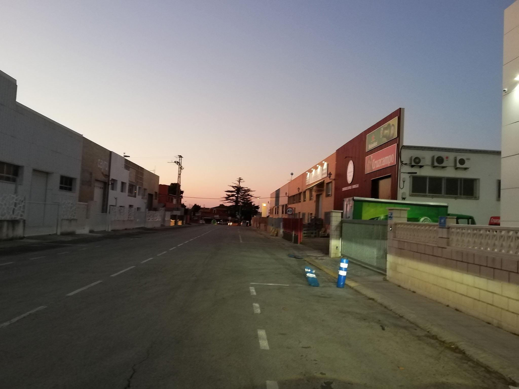 Dénia recibe una subvención de la Generalitat para el asfaltado de viales y la rotulación de las calles del polígono industrial