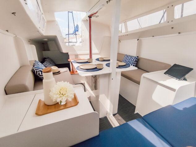 Imagen: Interior de una de las embarcaciones ya acabada