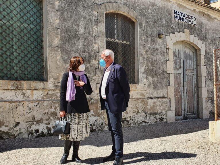La consellera de Calidad Democrática y el alcalde de Dénia han tratado cuestiones en materia de memoria democrática, participación y transparencia