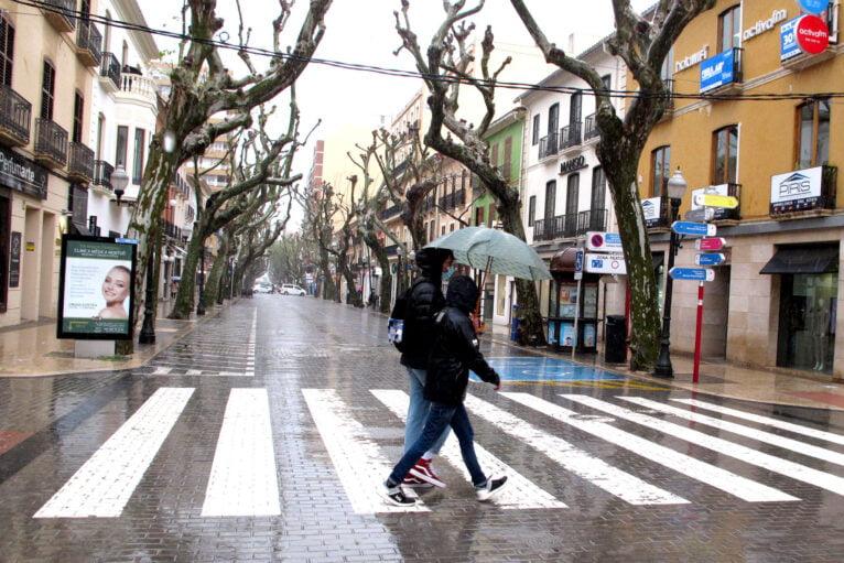 Marqués de Campo bajo la lluvia durante el puente de Sant Josep