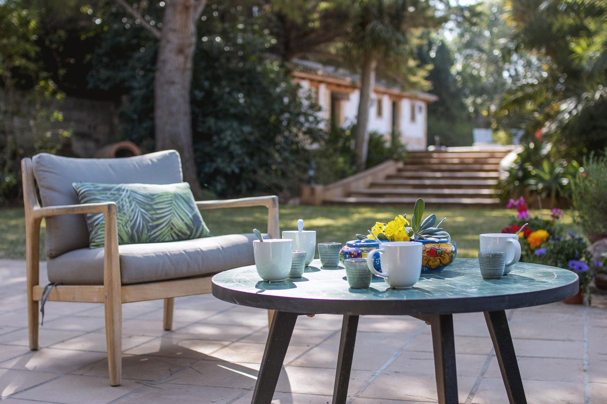 Rincón en una finca romántica reconstruida ideal para vacaciones en Dénia – Aguila Rent a Villa