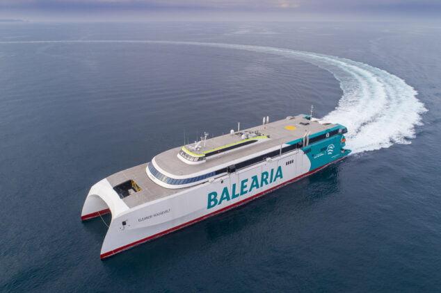 Imagen: Tras los primeros test del buque navegando a diésel, en las próximas semanas se llevarán a cabo las pruebas a gas natural