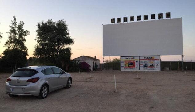 Imagen: Vehículo en el autocine Drive in de Dénia