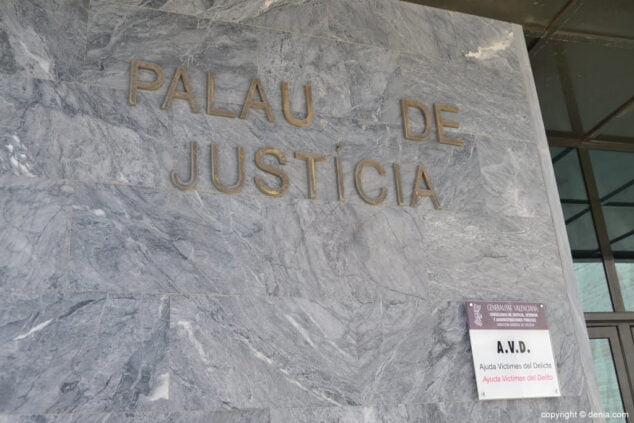 Imagen: Fachada de los juzgados de Dénia