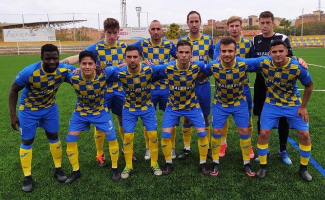 Imagen: Once inicial del CD Dénia ante el Racing CF Benidorm