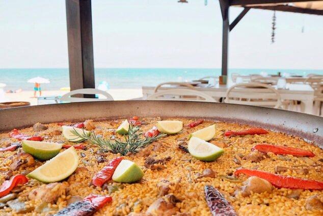 Imagen: Comer paella en la playa de Dénia  - Restaurant Noguera