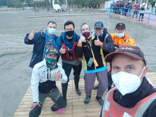 Imagen: Participantes de CD Marina El Portet en el Campeonato de Pesca en Kayak