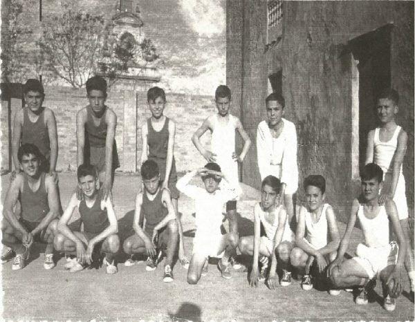 Imagen: Acción Católica año 1961 en el Solar de Llobell