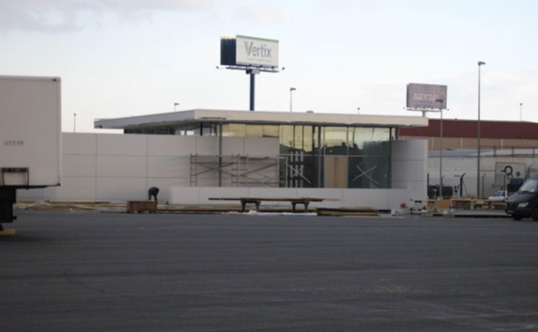 Edificio de presentación de BMW en Quart de Poblet, València – Quitec