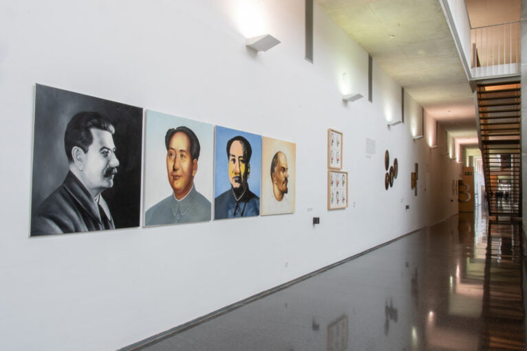 """Exposición """"Gente de narices, narices ingentes"""""""