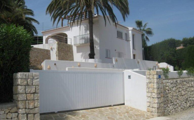 Modernización de 'Casa Davies' en Moraira - Quitec