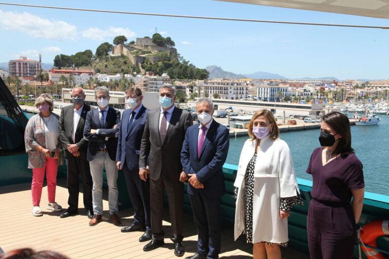 Presentación del Eleanor Roosevelt en el puerto de Dénia 09