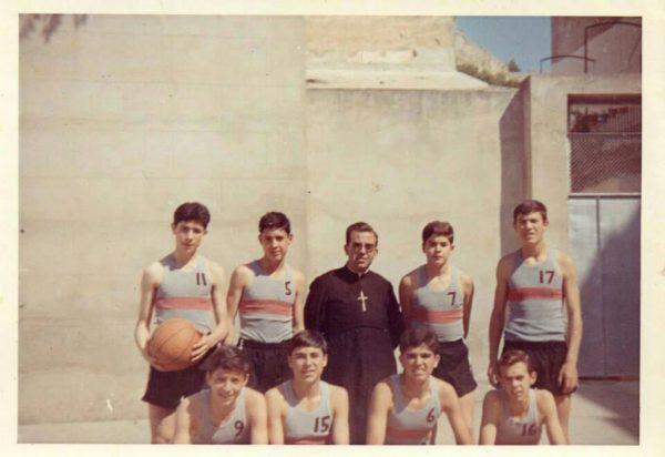 Imagen: Torneo Maristas año 1966. Equipo Ademar
